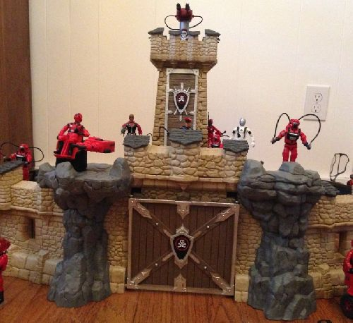 Joecustoms Com Gt Playsets Gt Red Shadows Gt Fortress Of Shadows